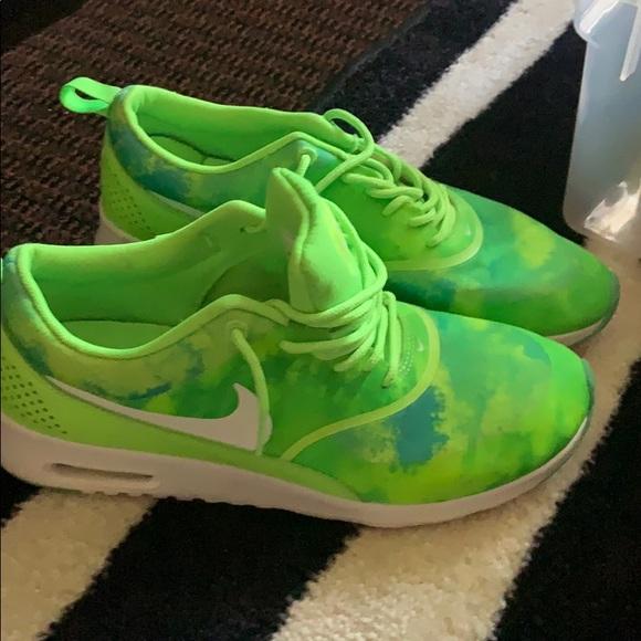 Women's neon Nike